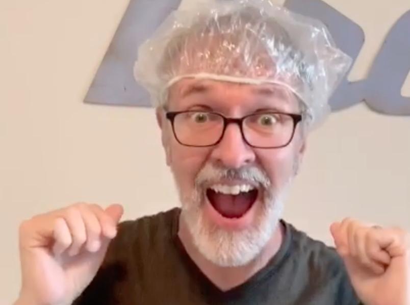 deaf-tours-hands-travel-shower-cap