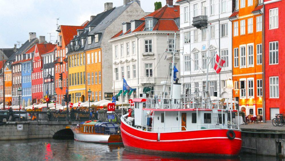 Hands On Travel Sign Language Deaf Tours ASL nordics Sweden Norway Finland Denmark