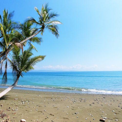 hands-on-travel-deaf-tours-costa-rica-beach