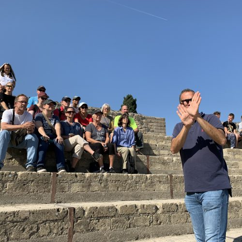 hands-on-travel-deaf-tours-italy-terry-giansanti-guide