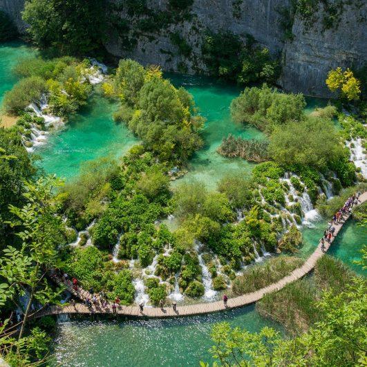 hands-on-travel-deaf-tours-croatia-bosnia-montenegro-river-walking