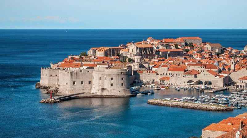hands-on-travel-deaf-tours-croatia-bosnia-montenegro