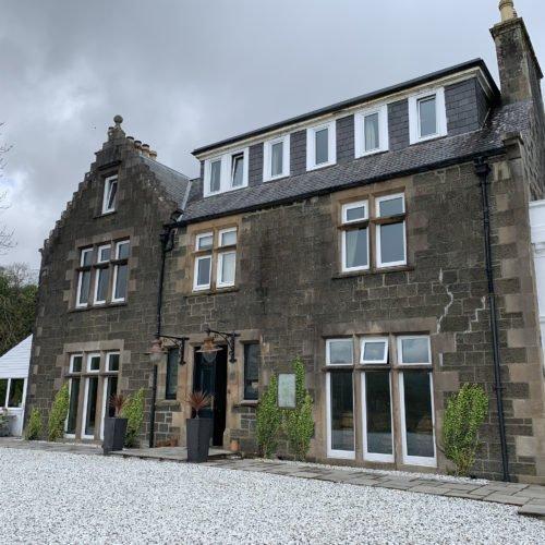 hands-on-travel-deaf-tours-scotland-inn