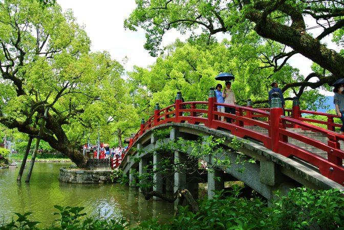 hands-on-travel-deaf-tours-japan-bridge