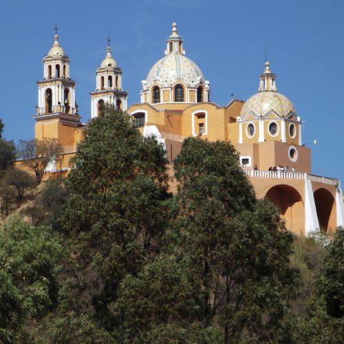 deaf-tours-hands-travel-mexico-cholula