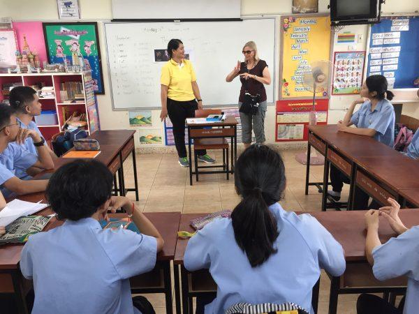 hands-travel-deaf-tour-thailand-cambodia