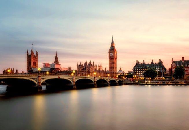 hands-on-travel-deaf-tours-england-london