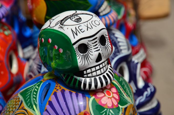 deaf-tours-hands-travel-mexico-arts