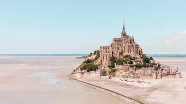 hands-on-travel-deaf-tours-france-mont-st-michel