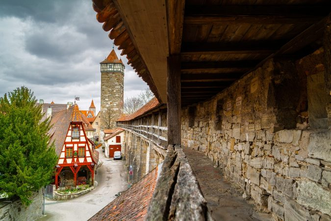 hands-on-travel-deaf-tours-poland-czechia-germany-old-fort