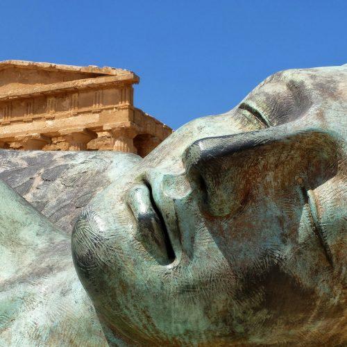 hands-travel-deaf-tour-greece-italy-parthenon