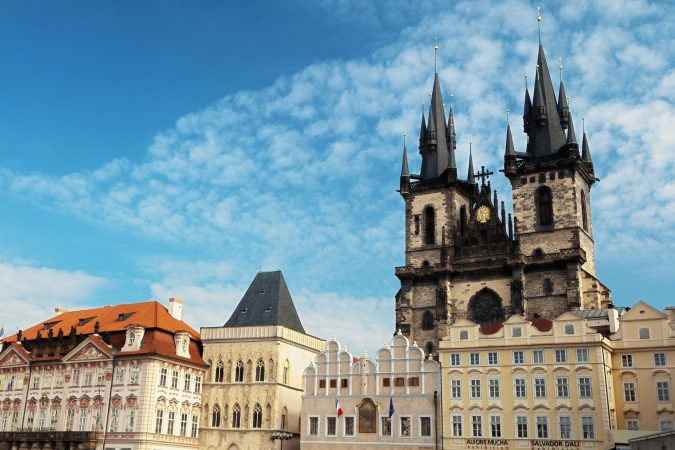 hands-on-travel-deaf-tours-poland-czechia-germany-plaza-prague