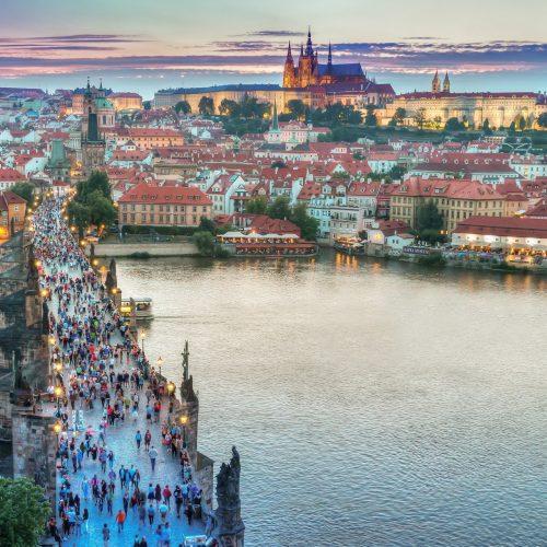 hands-on-travel-deaf-tours-poland-czechia-germany-prague