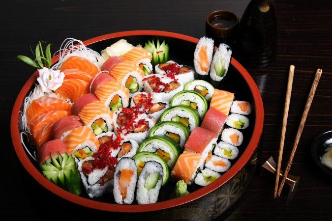 hands-on-travel-deaf-tours-japan-sashimi-sushi