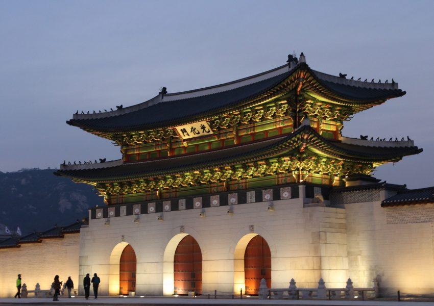 deaf-travel-tours-hands-sign-language-south-korea