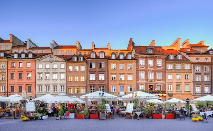 hands-on-travel-deaf-tours-poland-austria-germany-wawsaw
