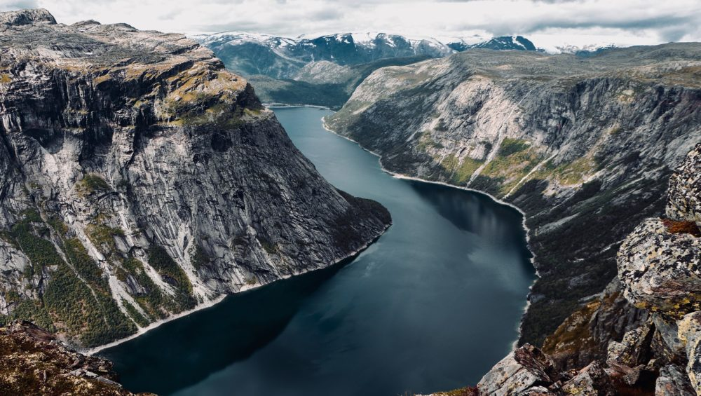 fjord-norway-mountains