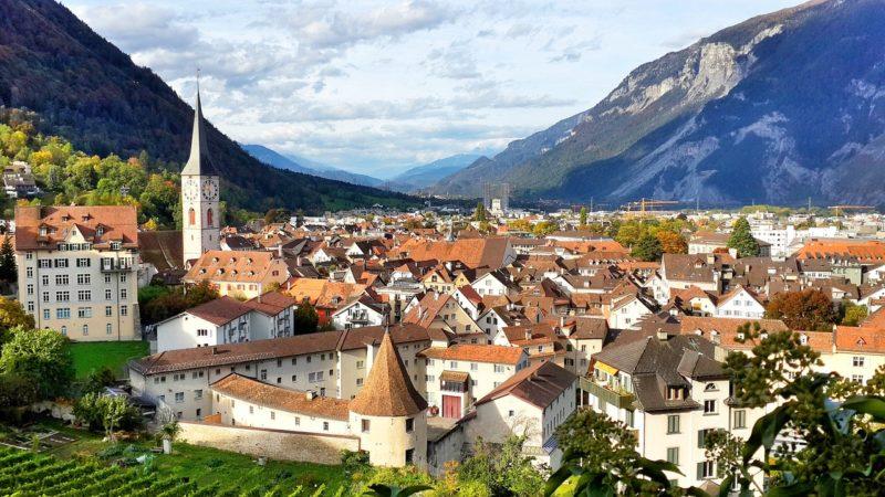 hands-on-travel-deaf-tours-switzerland-chur-oldest-town
