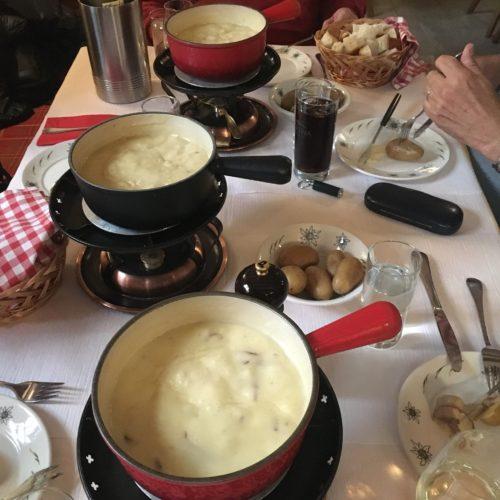 hands-on-travel-deaf-tours-switzerland-fondue
