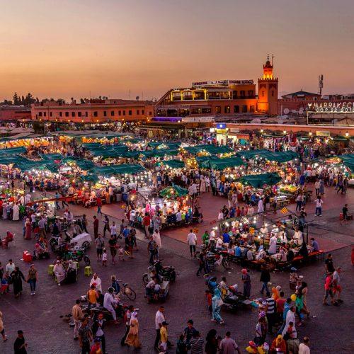 deaf-tours-hands-travel-sign-language-morocco-marrakesh